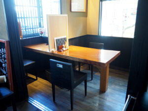 個室になるテーブル席3